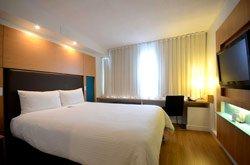 Bond Place Hotel - Chambre