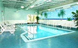 Best Western Plus Gatineau - piscine chauffée