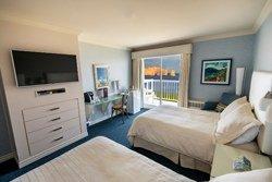 Chambre 2 lits Doubles, vue sur la mer et le Rocher Percé