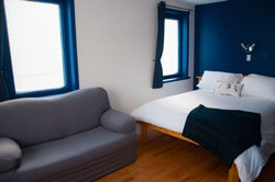 Chambre Queen Supérieure + sofa lit