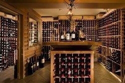 Cave à vin de l'Auberge du Lac Morency