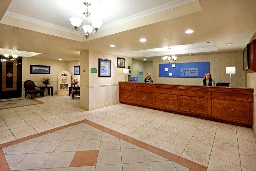 Holiday Inn Express - Réception