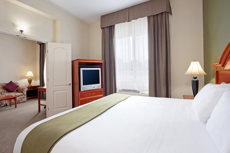 Holiday Inn Express - Suite