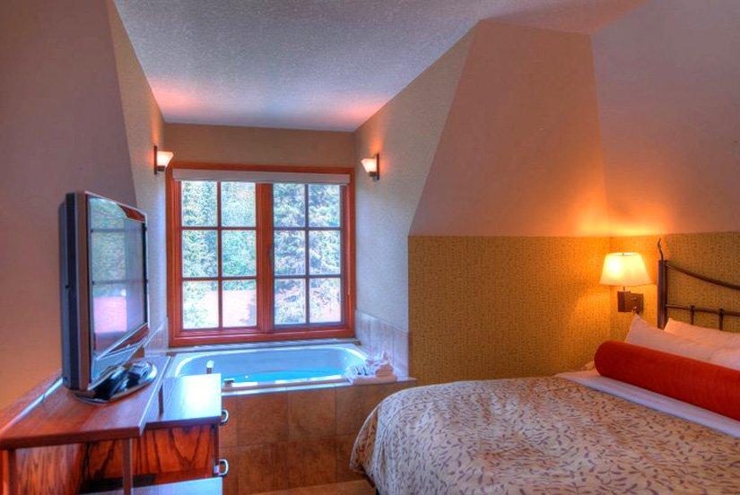 Banff Cariboo Lodge & SPA - Loft  avec Jacuzzi