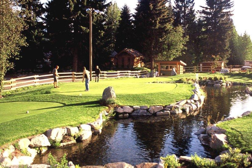 Camping Riverside - Mini-golf