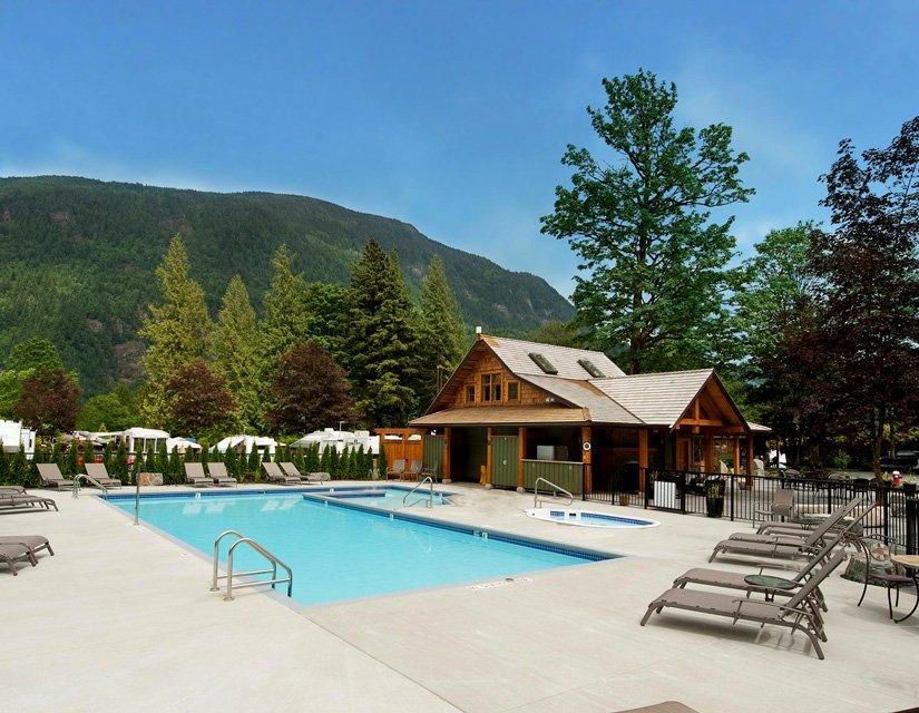 Springs RV Resort - Piscine extérieure