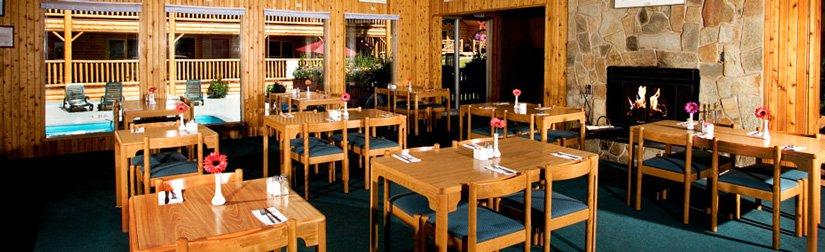Chalets Pocahontas - Restaurant Le Poco's Café