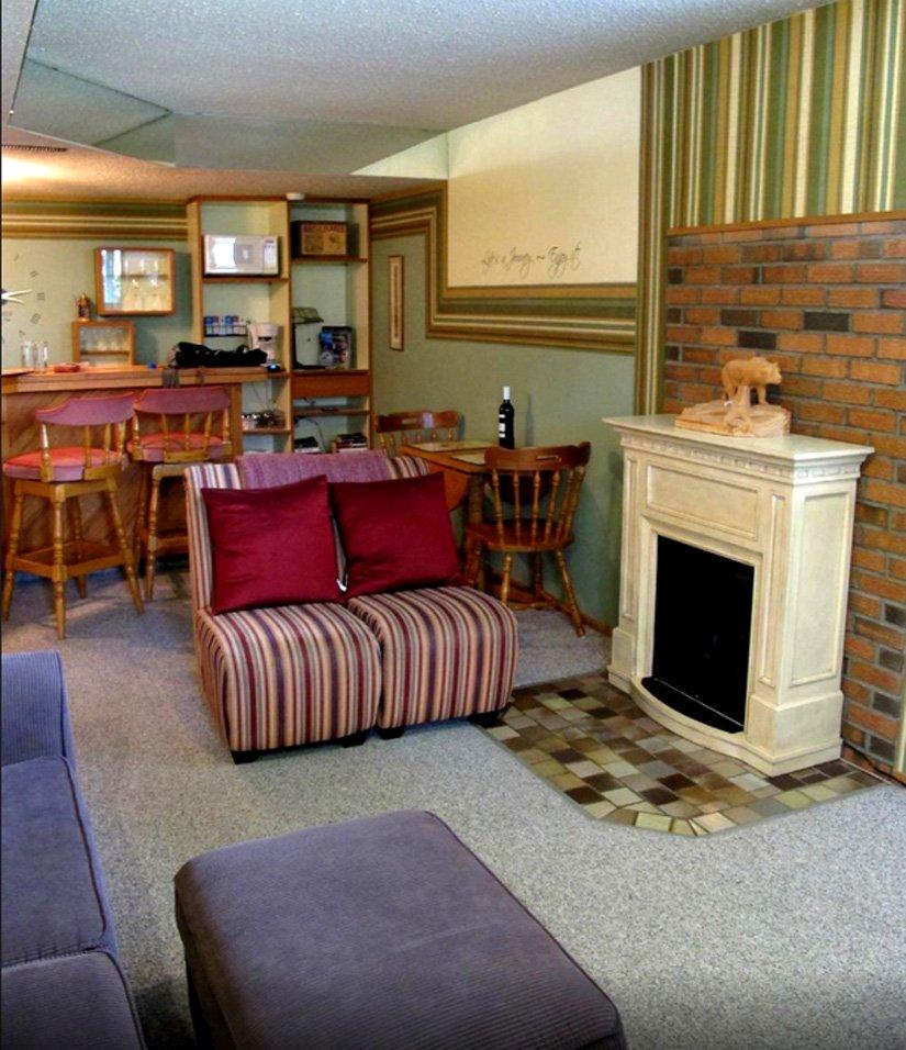 Gîte Grizzly's Den - Salle de détente