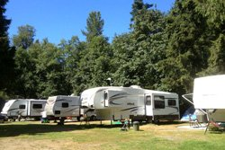 Camping Cedar Grove