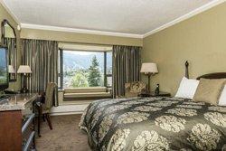 Crest Hotel - Chambre lit Queen