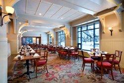 Fairmont Château Louise - The Poppy Brasserie