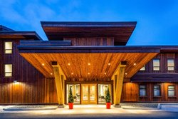 Hotel Kwa'Lilas - Port Hardy, BC