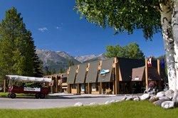 Marmot Lodge - Jasper, AB