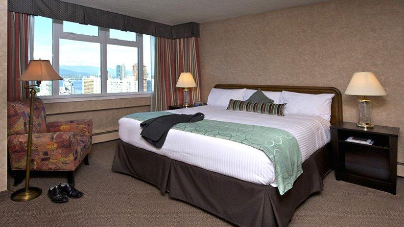Hôtel Coast Plaza - Chambre lit King