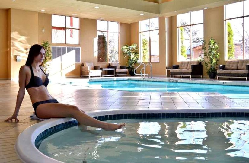 Manteo Resort & SPA - Piscine et Bain à remous