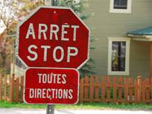 Le français et l'anglais se côtoient
