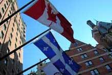 Les drapeaux du Canada et du Québec